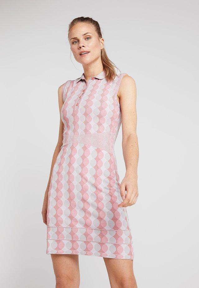 WOMEN FREELITE EDA DRESS - Sports dress - rosy blossom