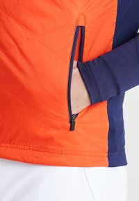 Kjus - MEN RETENTION JACKET - Outdoorová bunda - orange/blue - 6