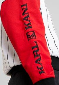 Karl Kani - RETRO BLOCK CREW - Sweatshirt - white/red/black - 4