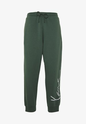 SIGNATURE RETRO PANTS - Jogginghose - green