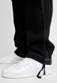Karl Kani - BAGGY - Jeans relaxed fit - black - 4