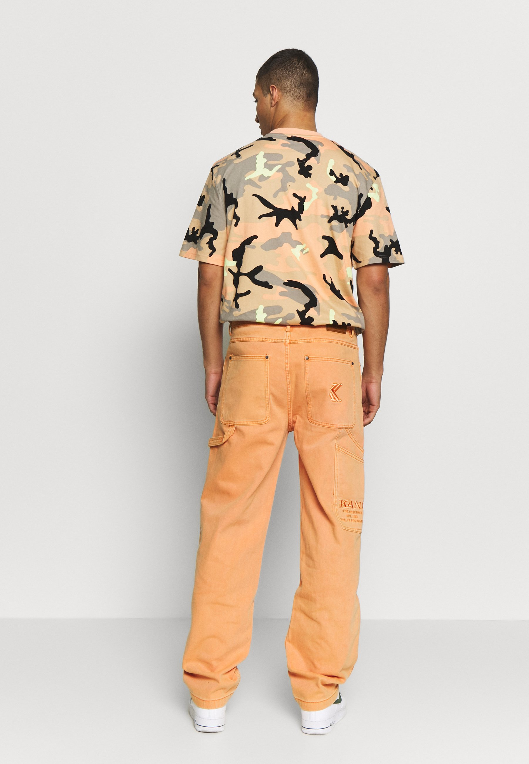 Karl Kani Baggy - Relaxed Fit Jeans Coral