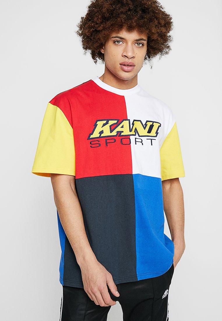 Karl Kani - SPORT BLOCK TEE - Camiseta estampada - yellow/red/white/blue