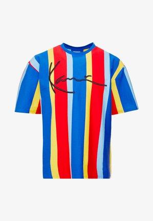 SIGNATURE PINSTRIPE TEE - T-shirt imprimé - blue/red/yellow/light blue