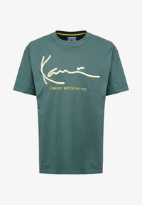 Karl Kani - SIGNATURE TEE - T-Shirt print - green/yellow - 3