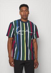 Karl Kani - STRIPE TEE - T-shirt print - navy - 0