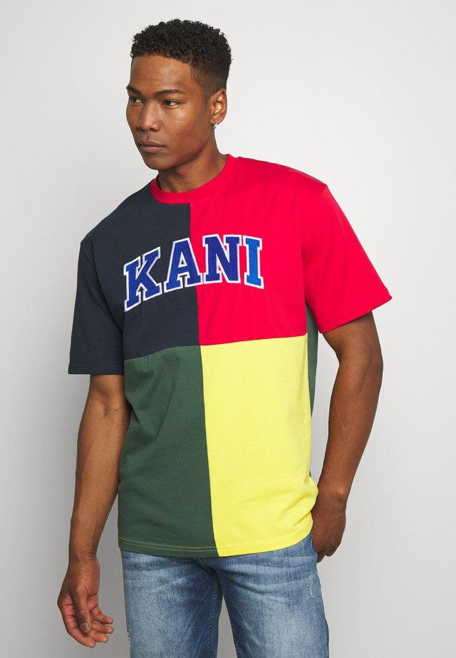 BLOCK TEE - T-shirt imprimé - navy