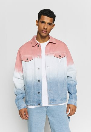 GRADIENT JACKET - Džínová bunda - blue/pink/white
