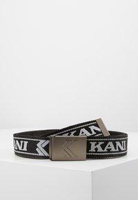 Karl Kani - COLLEGE BUCKLE BELT - Pásek - black/white - 0