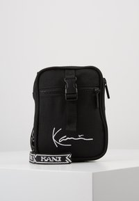 Karl Kani - SIGNATURE TAPE MESSENGER BAG - Across body bag - black/white - 0