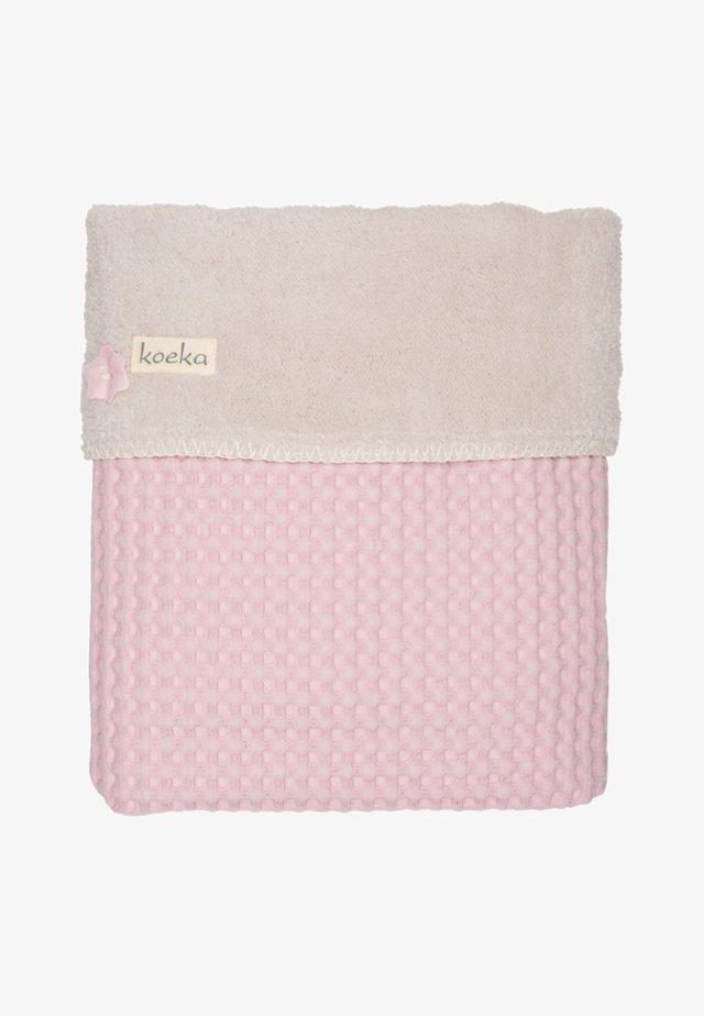 OSLO - Baby blanket - old baby pink-pebble