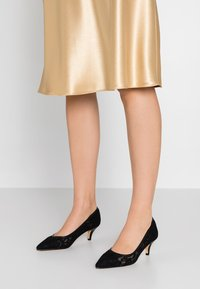 Kio - Classic heels - black - 0