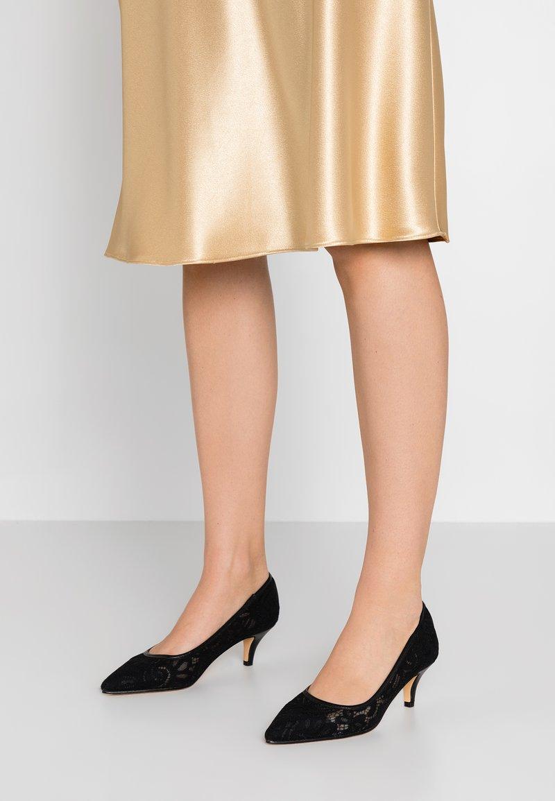 Kio - Classic heels - black