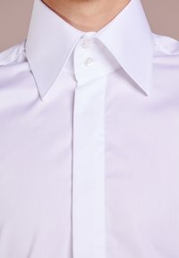 KARL LAGERFELD - Chemise classique - white - 3