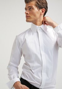 LAGERFELD - KARL - Chemise classique - white - 3