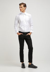 LAGERFELD - KARL - Chemise classique - white - 1