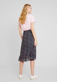 King Louie - WRAP RUFFLE SKIRT DALLAS - A-snit nederdel/ A-formede nederdele - black - 3