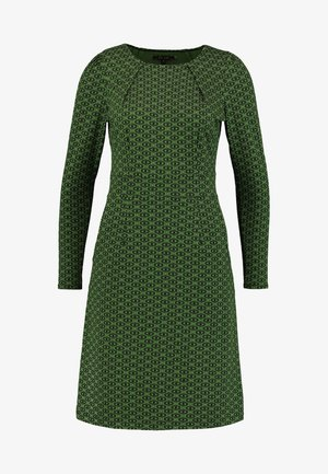 MONA DRESS LOOPY - Žerzejové šaty - grass green