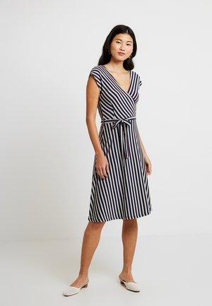 MIRA DRESS RIMINI - Žerzejové šaty - blue