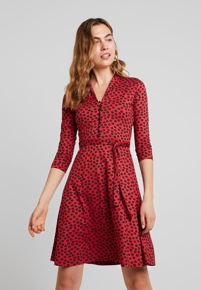 EMMY DRESS ORBIT - Shirt dress - icon red