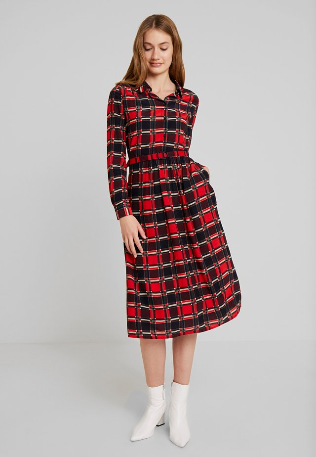 OLIVE DRESS ECOSSE - Shirt dress - fiery red
