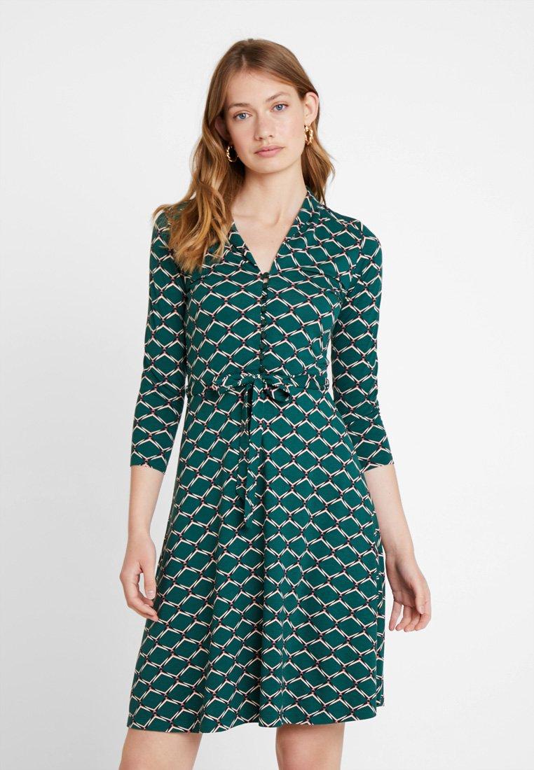 King Louie - EMMY DRESS SCOPE EXCLUSIV - Sukienka z dżerseju - pine green