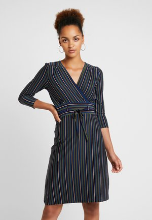 DRESS ELMORE STRIPE - Jerseykleid - black