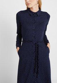 King Louie - MIDI DRESS LITTLE DOTS - Sukienka z dżerseju - nuit blue - 3