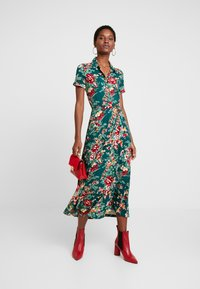 King Louie - DRESS MIDI MAKURA - Maxi-jurk - dragon fly green - 1