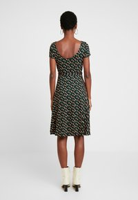 King Louie - SALLY DRESS SWIRL - Jersey dress - para green