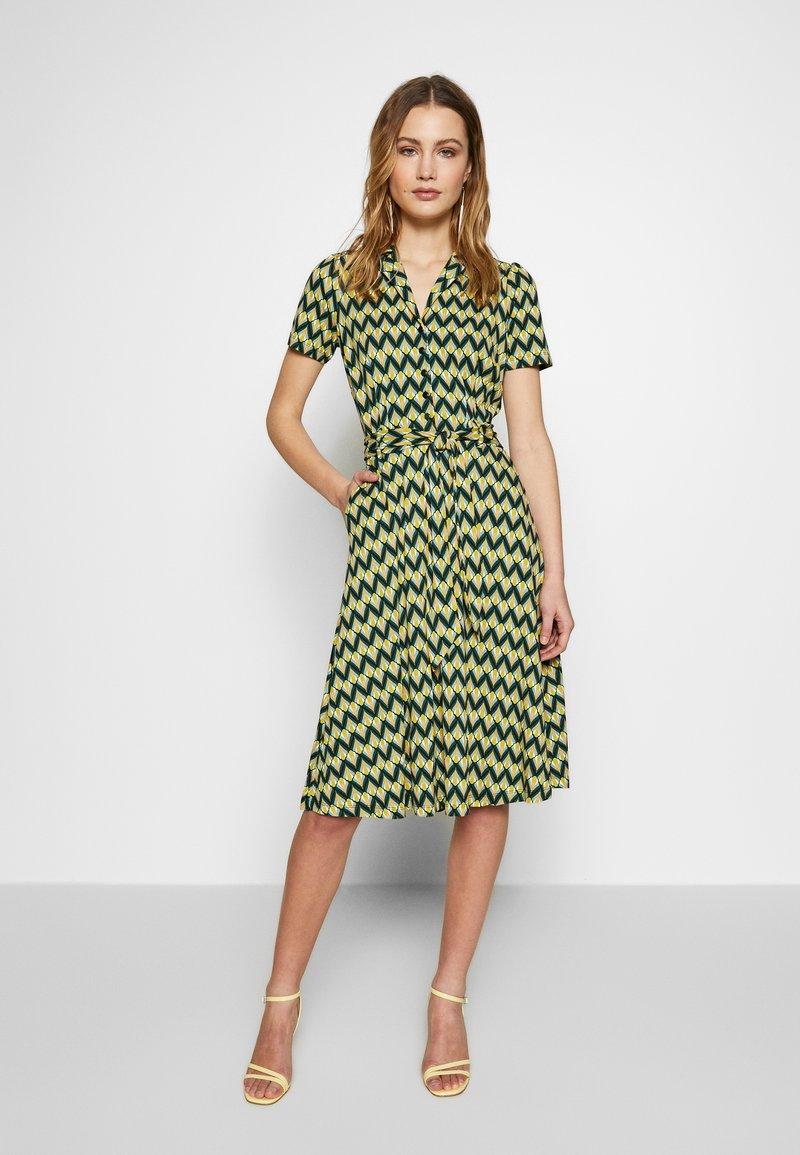 King Louie - SHEEVA DRESS NAMASTE - Jerseykjole - spar green