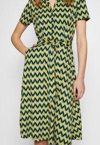 King Louie - SHEEVA DRESS NAMASTE - Jerseykjole - spar green - 3