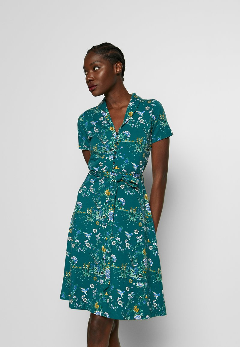 King Louie - EMMY DRESS GRIFFIN - Jersey dress - dragonfly green