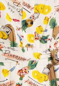 King Louie - CHRISSIE BUTTON DRESS PUNCH - Paitamekko - cream - 2