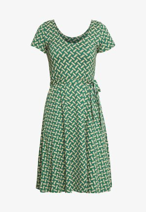SALLY DRESS TILIA - Jerseyjurk - fir green