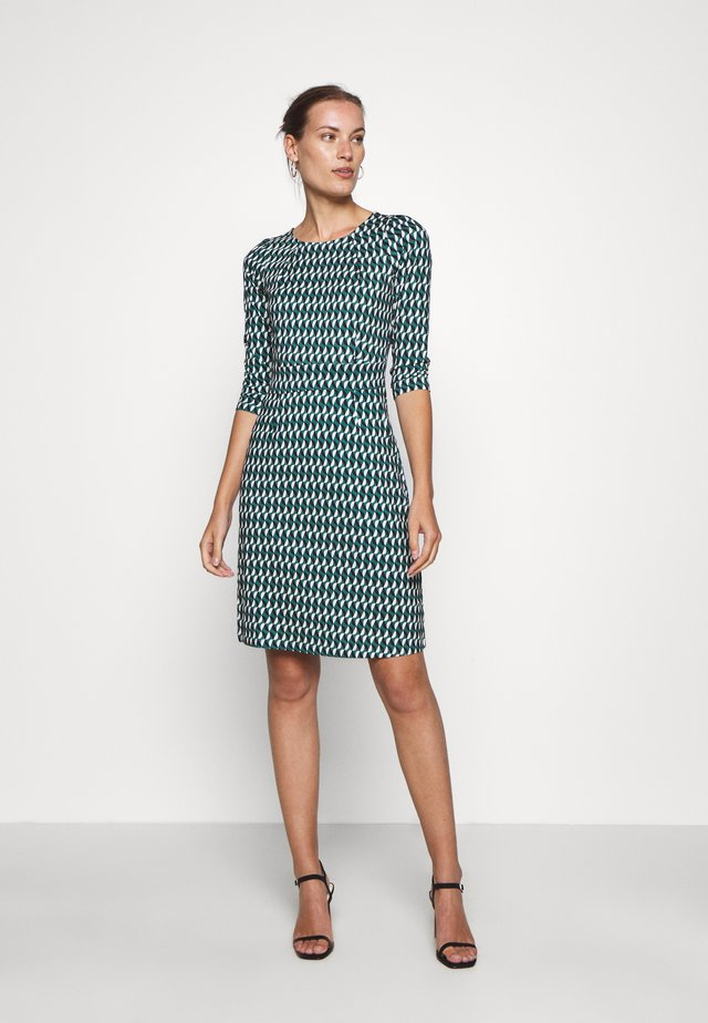 MONA DRESS - Jerseyklänning - peridot green