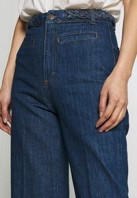 King Louie - GARBO CROPPED BRAID PANTS - Jeans Straight Leg - blue - 4