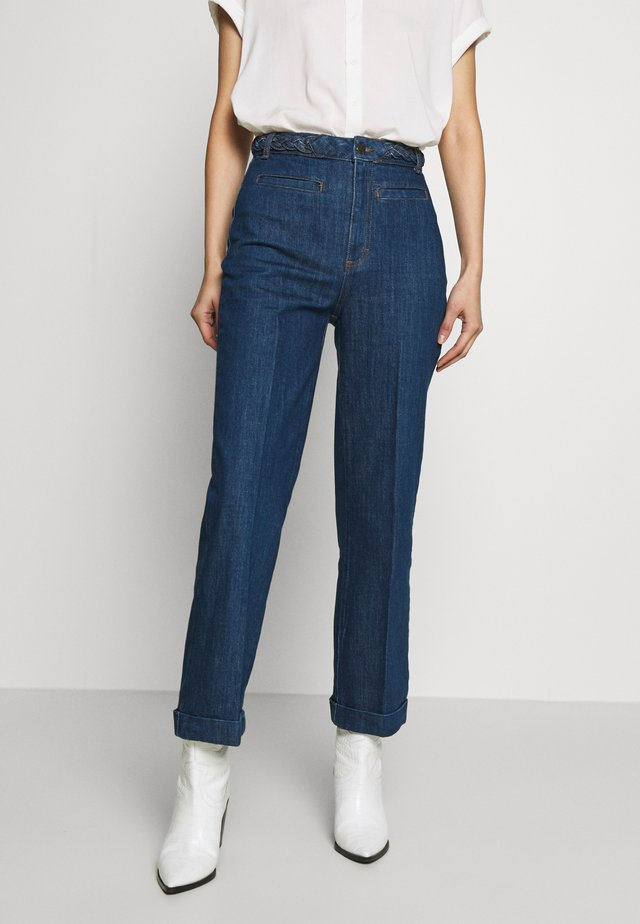 GARBO CROPPED BRAID PANTS - Jeansy Straight Leg - blue