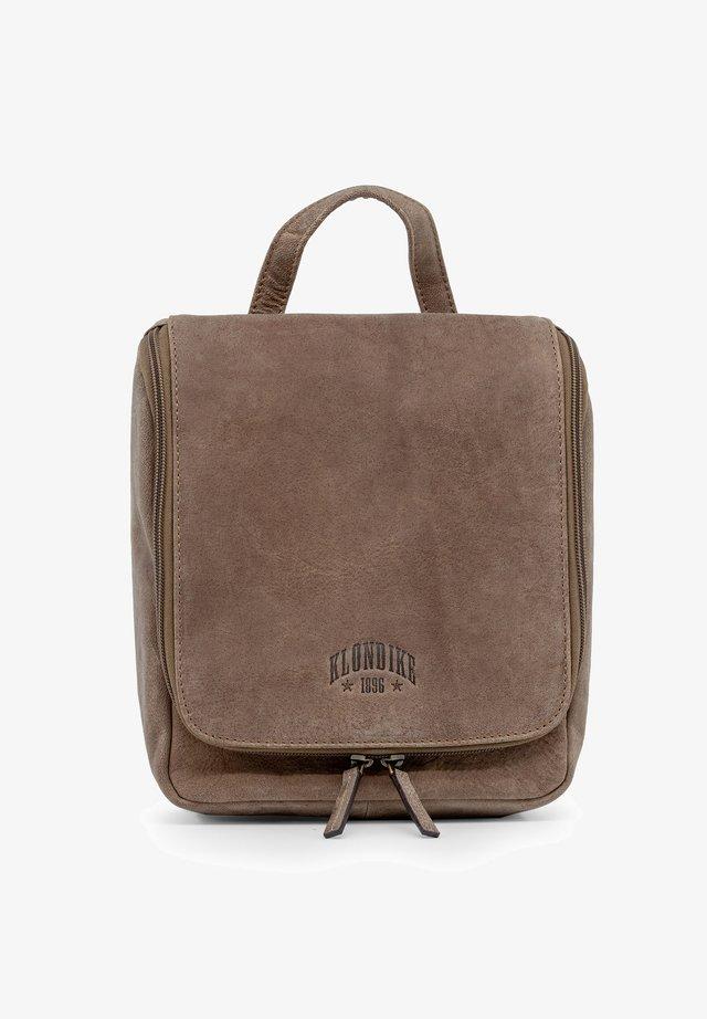 BLAKE - Wash bag - mittelbraun