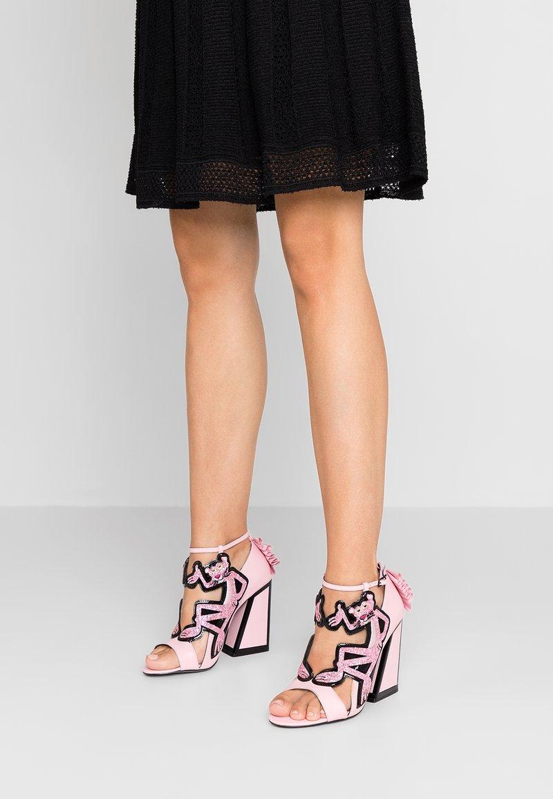 Kat Maconie - VIOLA - Højhælede sandaletter / Højhælede sandaler - black/pink