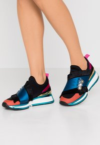 Kat Maconie - MAXIE - Mocassins - black/multicolor - 0