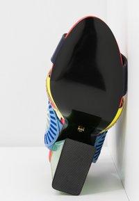 Kat Maconie - FRIDA - Sandály na vysokém podpatku - glitch/multicolor - 6
