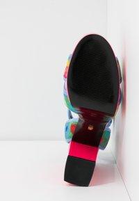 Kat Maconie - CHARLIE - Sandály na vysokém podpatku - lipstick pink/multicolor - 6