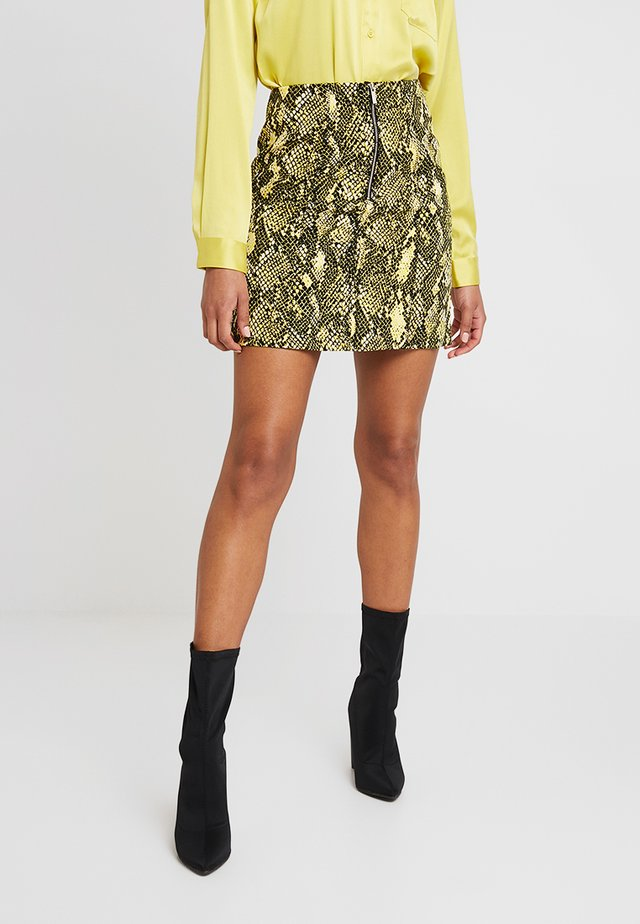 SNAKE PRINT COLLECTION - Mini skirt - yellow/multi