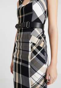 Karen Millen - CHECK INVESTMENT DRESS - Shift dress - black/white/beige - 3