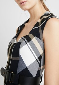 Karen Millen - CHECK INVESTMENT DRESS - Shift dress - black/white/beige - 5