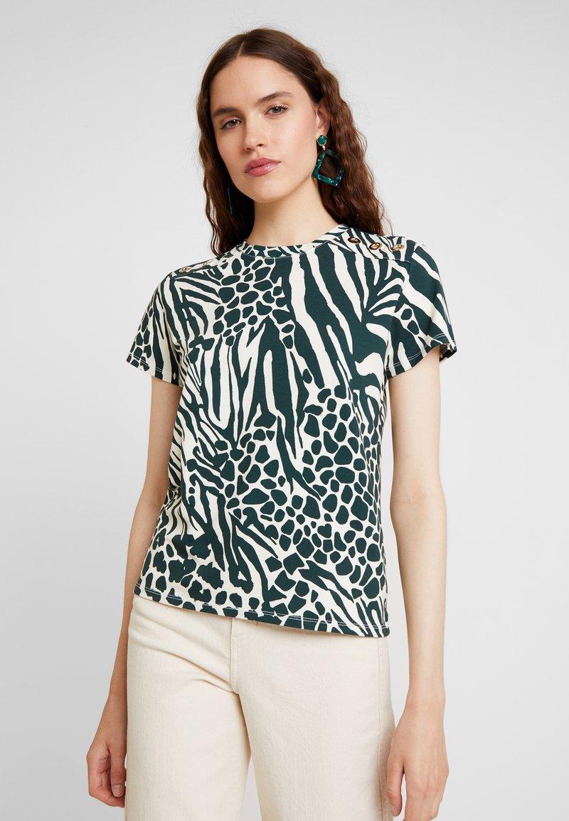 Karen Millen - MIXED ANIMAL PRINT COLLECTION - Print T-shirt - green/multi