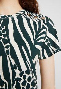 Karen Millen - MIXED ANIMAL PRINT COLLECTION - Print T-shirt - green/multi - 5