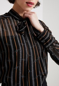 Karen Millen - BUCKLE AND CHAIN PRINT COLLECTION - Button-down blouse - brown/multi - 5