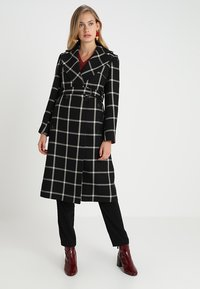 Karen Millen - BOLD CHECK WRAP COAT - Classic coat - black/multi - 0